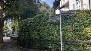 Straßenschilder Abteistraße, Nonnenstieg in Hamburg Harvesterhude